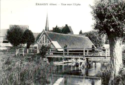 14 eragny-epte postcard